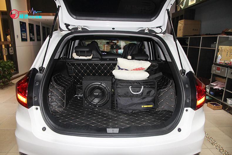本田杰德汽车音响改装,感受来自法国的浪漫丨广州极速